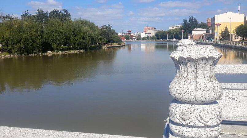 Вид с моста на реку