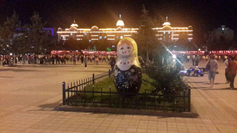 Русская матрешка на площади