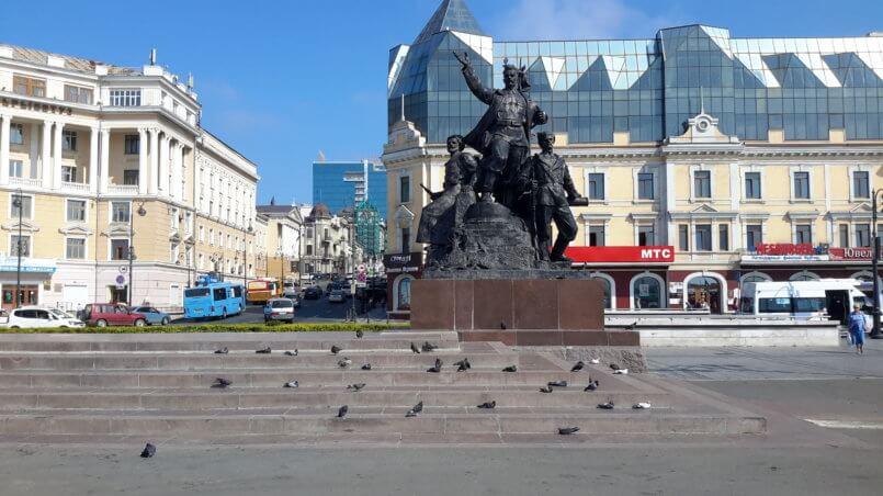 Памятник Борцам за власть Советов-фрагмент